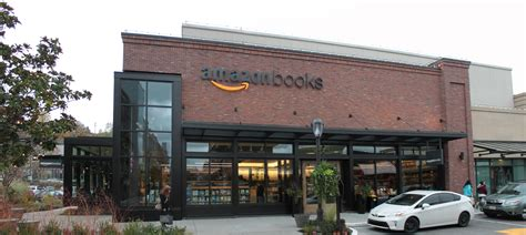 Amazon Expands Its Offline Presence With Pop-Up Shops In
